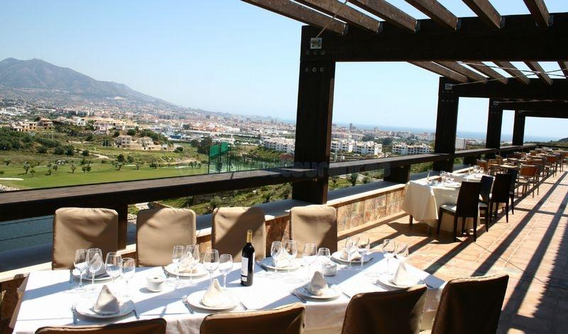 Restaurante-Cerrado-del-aguila-33106